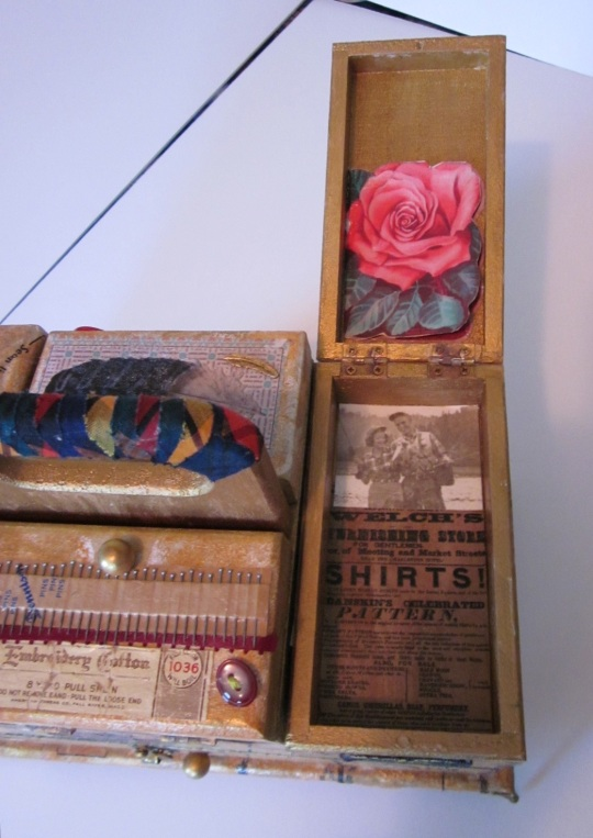 Sewing box, right top drawer